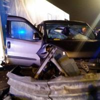 Brescia, scontro mortale sulla A21: i soccorsi sul luogo dell'incidente