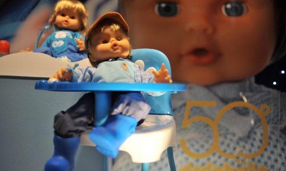 Addio al papà di Cicciobello, scultore di giocattoli: guardò un neonato e disegnò il mito