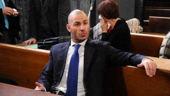 Milano, 158mila euro di spese personali con i fondi della Lega: un anno e 8 mesi a Riccardo Bossi