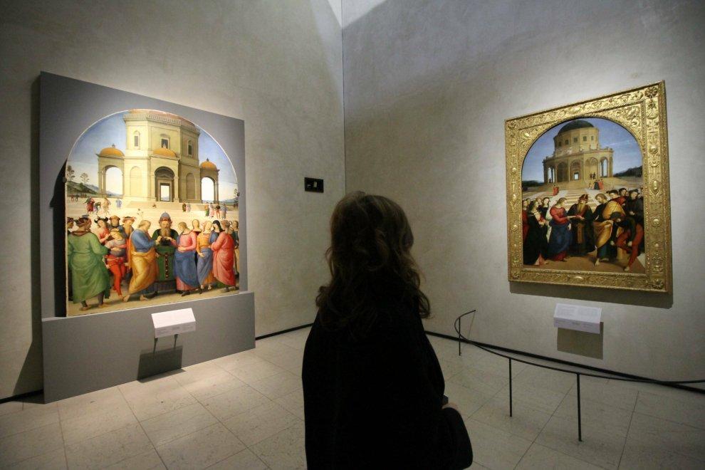 Milano, Raffaello incontra il Perugino: a Brera per la prima volta i due 'Sposalizi' a confronto