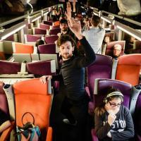 Milano presenta le sue mostre con uno spettacolo-flash mob sul Tgv per Parigi