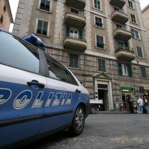 """Milano, finto carabiniere abusava di giovani: arrestato. I figli: """"Lo faceva anche con noi"""""""