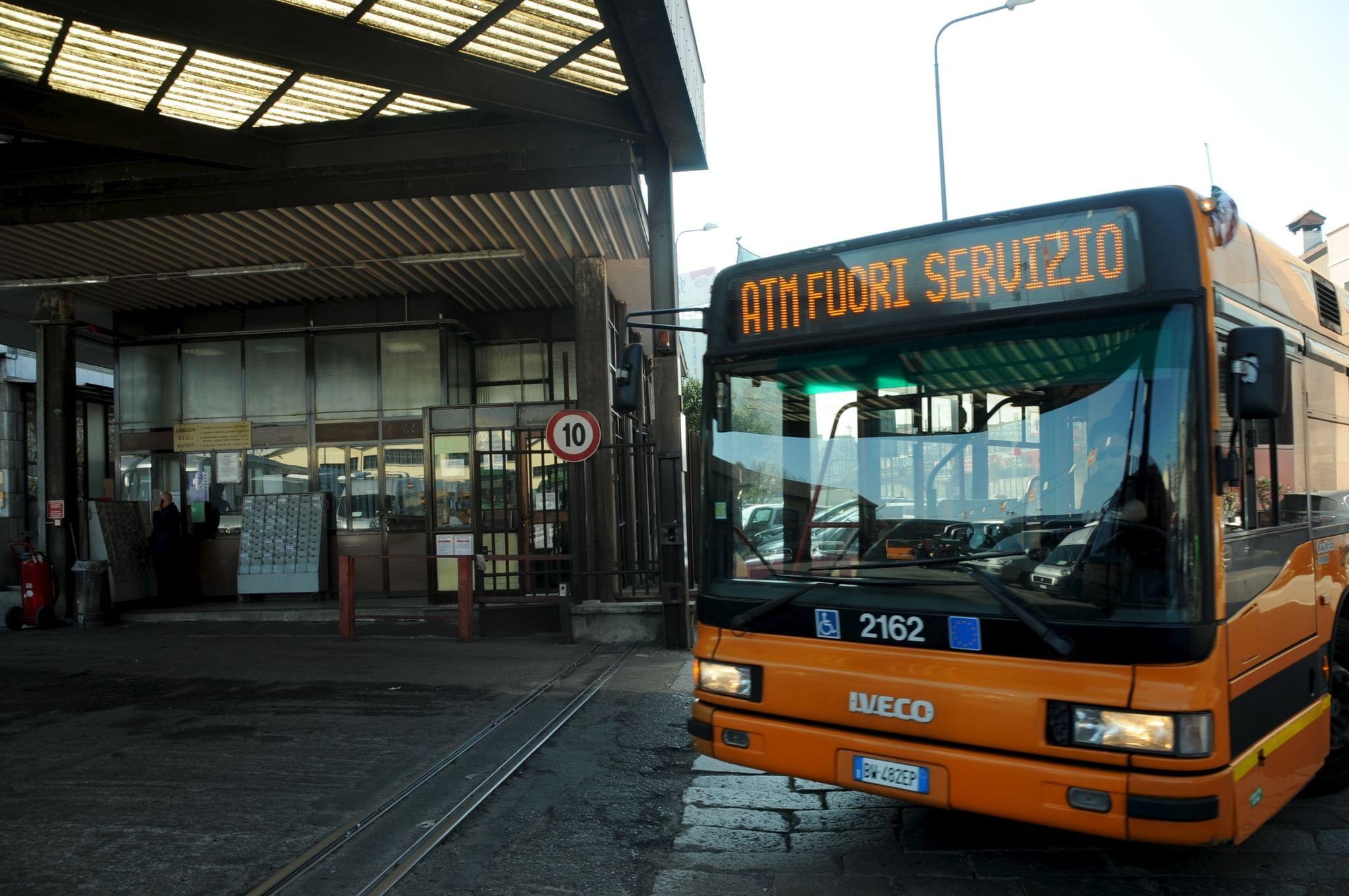 Lo sono tram e bus