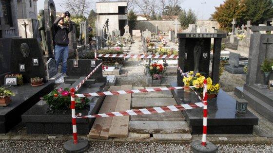 Delitto Macchi, riesumato il corpo della studentessa uccisa 29 anni fa: a Varese l'esperta del caso Yara