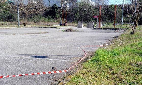 Milano, sparatoria con la polizia durante l'inseguimento: 21enne ucciso da un colpo alla schiena