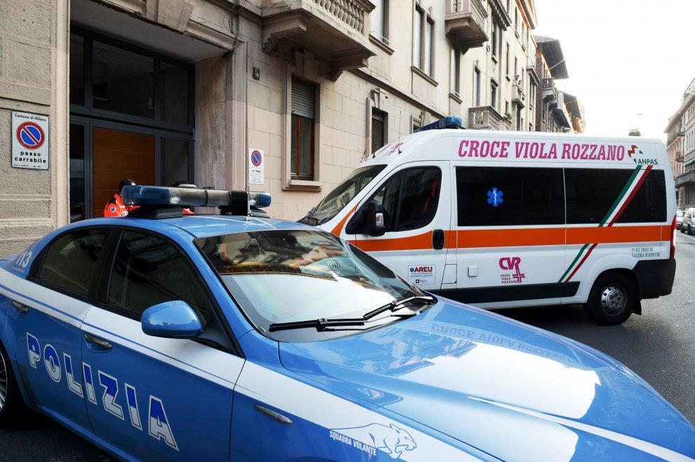 Milano, uccide il convivente con una katana: inquirenti al lavoro