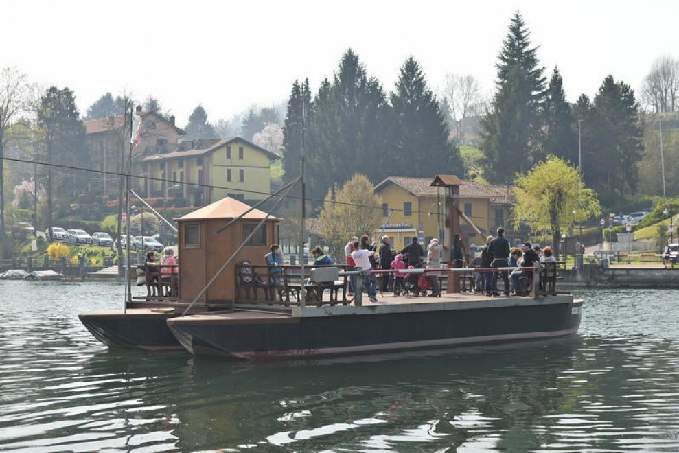 Il traghetto progettato da Leonardo che attraversa l'Adda tra Lecco e Bergamo