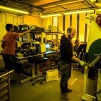 Milano, i pannelli diventano pellicole: così il fotovoltaico si può indossare
