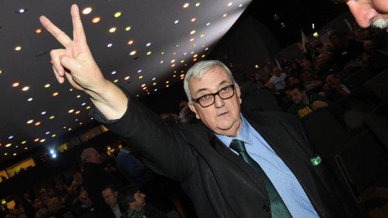 Milano, frasi razziste contro la ministra Kyenge: il leghista Borghezio sarà processato