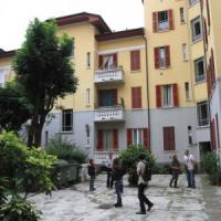 Milano, tagliò la testa a una donna e la gettò nel cortile: trans condannato a trent'anni