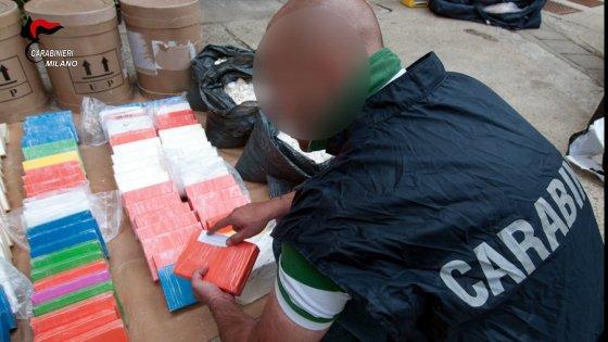 'Ndrangheta, blitz per traffico di cocaina: sequestrato un milione di euro e lingotto d'oro, 5 arresti