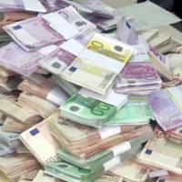 La raffineria della 'ndrangheta: sequestrata montagna di euro e 180 kg di cocaina