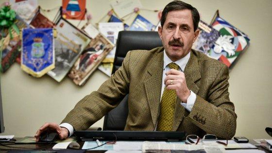 Corsico, il sindaco nega la parola all'Anpi per il 25 aprile: scoppia la polemica