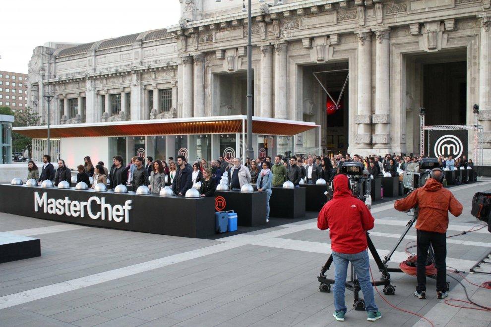 Masterchef, la maxi cucina in stazione a Milano: sfida per 150 concorrenti