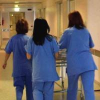 Morti sospette in corsia a Piario, a casa dell'infermiera indagata i medicinali sottratti in ospedale