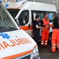 Brescia, maneggia residuato bellico in casa: quarantenne ferito gravemente a una gamba