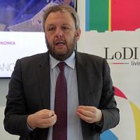Corruzione, sindaco di Lodi arrestato per appalti piscine: l'accusa è turbativa d'asta