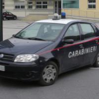 Maltrattamenti, tenta di uccidere la sorella lanciandola dalla finestra: 40enne arrestato...