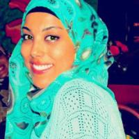 """Islam, discriminata sul lavoro per il velo. Il giudice: """"Sara può fare la hostess"""""""