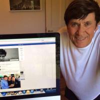 Gianni Morandi, il fenomeno social sale in cattedra: lezione evento alla Bocconi