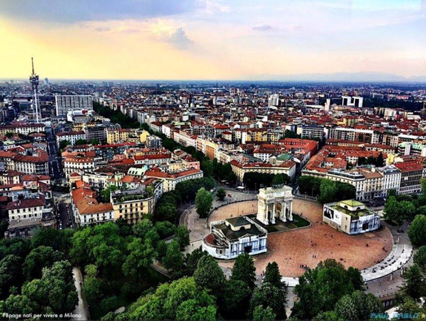 Fotografia, obiettivi in quota sulle torri di Milano: la città vista da lassù