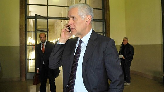 """Caso Maugeri, la difesa di Formigoni: """"Non è stato sottratto un euro destinato ai malati"""""""