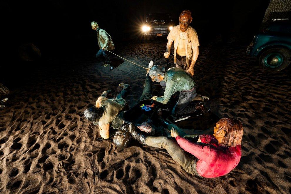 Milano, la mostra sconsigliata ai minori: è l'America cinica e violenta di Edward Kienholz