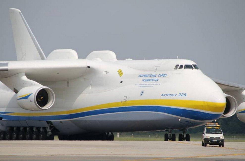 Aereo Privato Piu Grande Al Mondo : Malpensa atterra l aereo più grande del mondo gli scatti