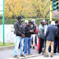 """Profughi, Scola striglia i parroci: """"Più posti per i migranti"""". E parte con il censimento..."""