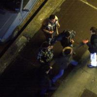 """Milano, droga e coltellate: così le """"scimmie"""" terrorizzavano il Corvetto"""