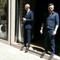 Milano, salta la luce in via Spiga: scatta l'allarme rapine, ma era soltanto un blackout