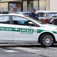 Milano, investe bimbo di 3 anni sulle strisce: 57enne rischia il linciaggio,