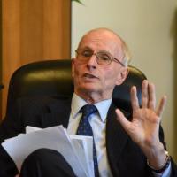 Lombardia, Di Pietro escluso dall'autorità anticorruzione: il capo è l'ex procuratore...