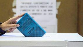 Fac-simile  - La scheda elettorale    Liste  - Tutti i candidati in consiglio    Foto  - La carica dei mini sindaci