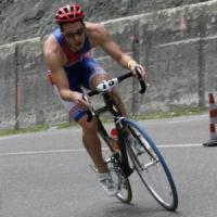 Lodi, campione regionale di triathlon muore in un incidente frontale. Tre