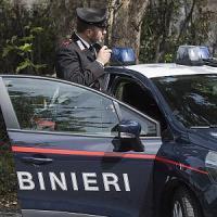 Valtellina, soffoca il figlio di sette anni e si impicca: biglietto di scuse alla moglie
