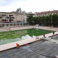 Milano, ultimi ritocchi alla piscina Caimi prima della grande festa di riapertura
