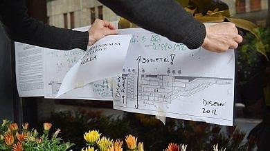 Foto  M4, i negozianti di via San Vittore  contro il cantiere: la protesta è in vetrina