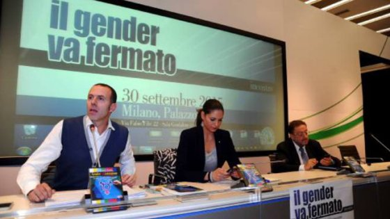 Lombardia, arriva il call center anti-gender della Regione. E il web si ribella