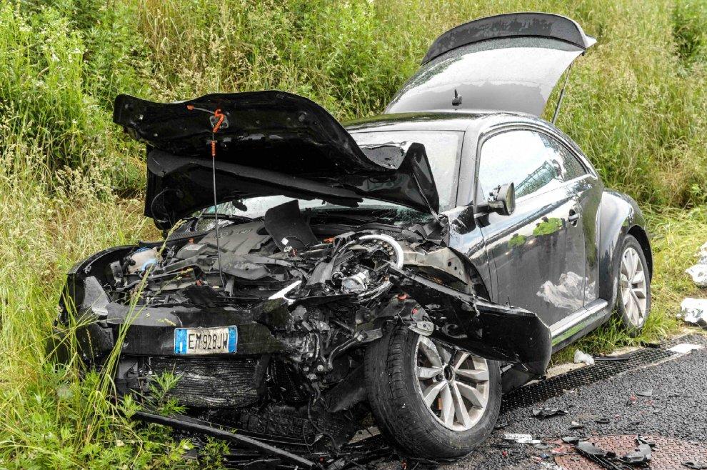 Morto Gianluca Buonanno, le immagini dell'incidente