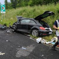 Morte di Gianluca Buonanno, la compagna ferita nell'incidente: