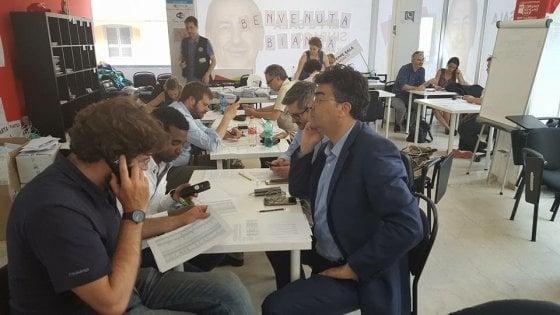 Elezioni Milano, le cinquantamila telefonate di Sala per convincere il popolo delle primarie