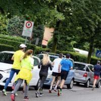 Di corsa contro il divieto, la protesta dei runner contro la linea dura del sindaco di Gorle