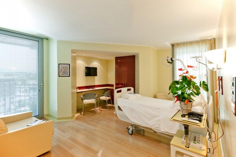 Milano, la suite in cui è ricoverato Berlusconi all'ospedale San Raffaele