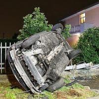 Bergamo, auto esce di strada e si schianta contro cancello: muore 14enne, feriti tre amici 15enni