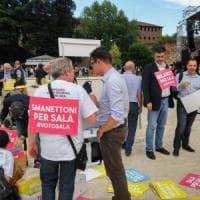Elezioni Milano: pop e cantautori per Sala, Parisi sfila al flash mob. Sarà lotta all'ultimo voto