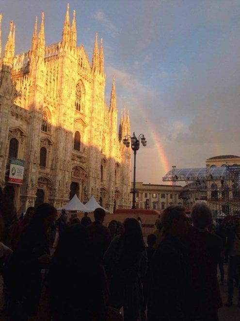 Ballottaggio Milano, l'arcobaleno come Pisapia: il tam tam sui social infiamma la sinistra