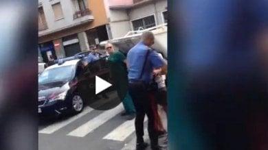 Vd  Scippo in viale Ortles, tutto  il quartiere collabora all'arresto