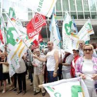 Case popolari: Regione Lombardia vota la legge, in strada la protesta degli inquilini
