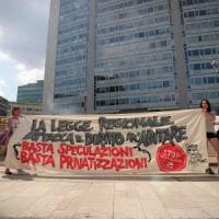 Case popolari, lotta agli abusivi e accordi con i privati: in Regione ok